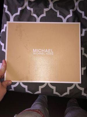 MICHAEL Michael Kors 10m for Sale in Boston, MA