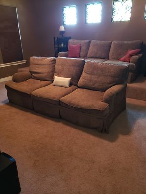 LARGE PLUSH SOFA for Sale in Georgetown, TX