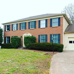 Home for Sale in Great Falls, VA: $579, 999 for Sale in Great Falls, VA