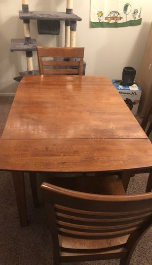Kitchen table with 4 chairs for Sale in Westland, MI