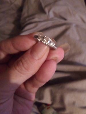 Size 7 Sterling Silver Three Stone Ring for Sale in Las Vegas, NV