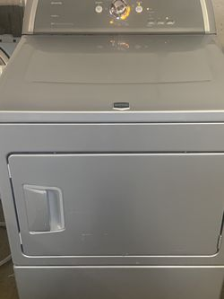 MAYTAG BRAVOS ELECTRIC DRYER for Sale in Irving,  TX