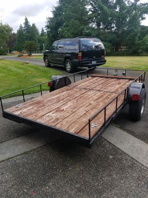 Flatbed Trailer Tilting 12ft x 6ft for Sale in Issaquah, WA