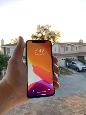 mint condition iPhone X 64GB Verizon for Sale in La Jolla, CA