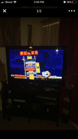 55 in Panasonic tv with remote for Sale in Orlando, FL
