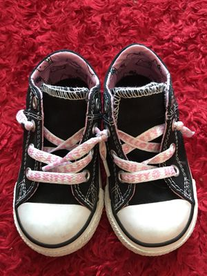 """HELLO KITTY CONVERSE SHOES"" Size 6 Toddler GIRLS ❗️ for Sale in Apple Valley, CA"