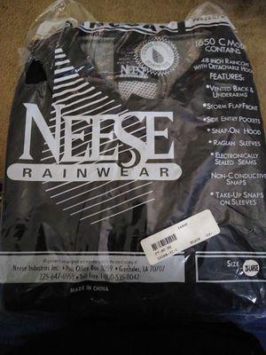 Needed raincoat for Sale in San Antonio, TX