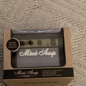Mini Amp Speaker for Sale in Buffalo, NY