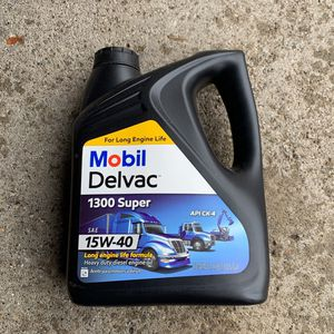 Mobil Delvac 15w40 ( 15 Gallons /10$ Each ) for Sale in Sterling Heights, MI