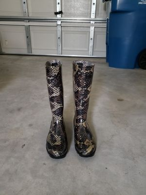 Rain boot for Sale in Spring Hill, FL