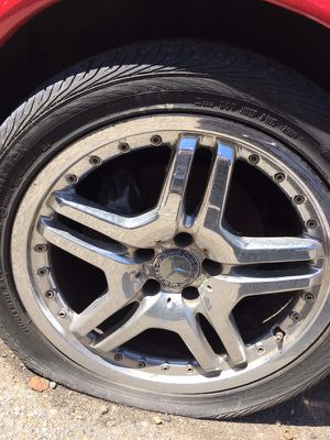 "AMG rims chrome 18"" for Sale in Oxon Hill, MD"