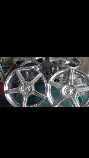Rare 18inch 5lug Universal MB Motoring Chrome Rims for Sale in San Antonio, TX