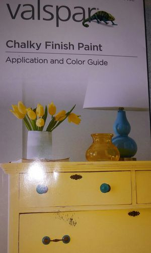 VALSPAR CHALKY FINISH PAINT for Sale in Victorville, CA