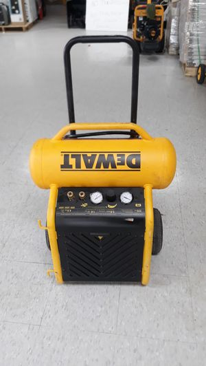 DEWALT 4.5 Gal. Portable Electric Air Compressor for Sale in Houston, TX
