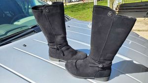 Michael kors girls boots for Sale in Brunswick, OH