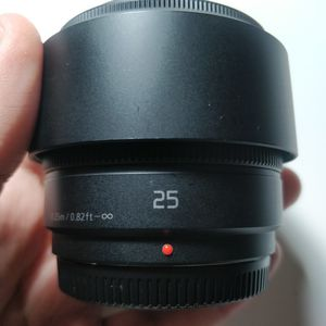 Panasonic Lumix 25mm 1.7 ASPH Prime Lens For Lumix/ Olympus MFT for Sale in Bellevue, WA