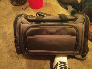 Jaguar duffle bag for Sale in Fort Mitchell, KY