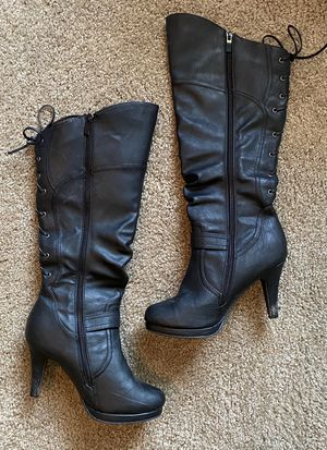 Boots size 8.5 New for Sale in Meridian, MS