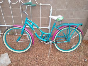 Beach cruiser girls bicycle for Sale in Albuquerque, NM