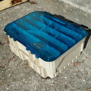 Fishing tackle box for Sale in Tampa, FL