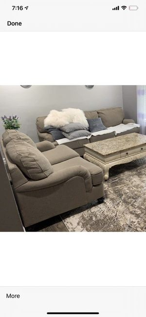Sofa,Loveseat and chair LIKE NEW for Sale in St. Louis, MO