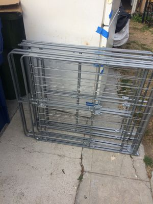Ca king box spring for Sale in Los Angeles, CA