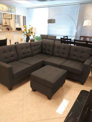 Sofa and ottoman for Sale in Hesperia, CA