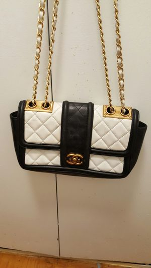 Chanel bag authentic for Sale in Adelphi, MD