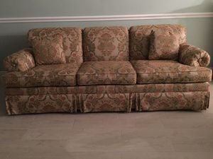 Sofa (Ethan Allen ) for Sale in Pompano Beach, FL