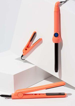 pyt hair lola styling tool kit - Neon orange for Sale in Westland, MI
