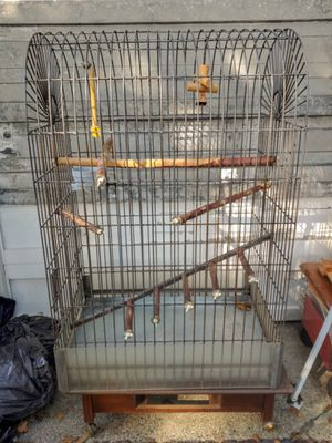 Large Parrot or Ferret Cage 4 1/2' Tall for Sale in Lakewood, WA