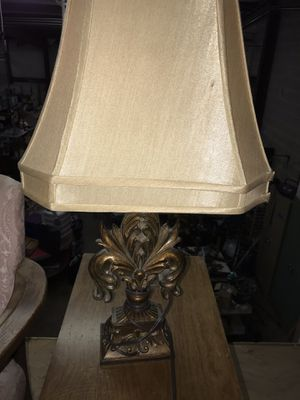Gold Vintage/Antique Lamp w/ Shade for Sale in Raleigh, NC