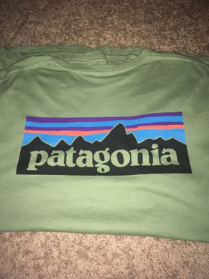 Patagonia T-Shirt for Sale in Cottontown, TN