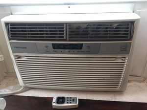 Frigidaire Window Air Conditioner for Sale in Bonney Lake, WA