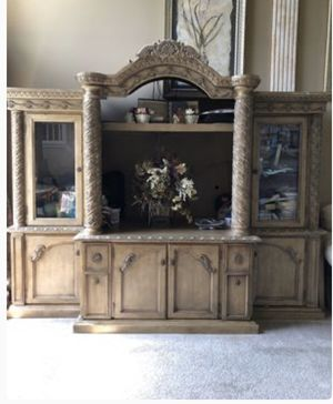 Gorgeous wall unit for Sale in Sicklerville, NJ