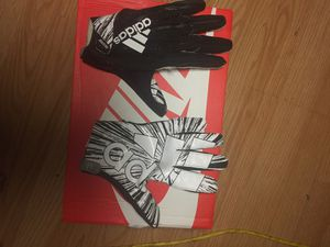 Adidas football gloves for Sale in Miami, FL