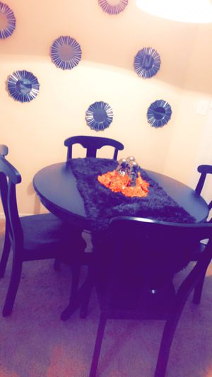 Black Wooden Dining Set for Sale in Lauderdale Lakes, FL
