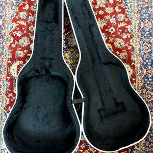 Acoustic Guitar Hard Case !! $60 Or Best Offer !! for Sale in Fort Lauderdale, FL