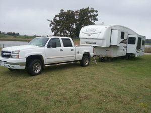 2007 Chevy 2500, and 32ft palamino sabre combo for Sale in Baker, FL