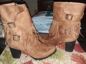 (DISCOUNTED!) BUCCO- TAN FRINGED BOOTS! for Sale in Harrisburg, PA