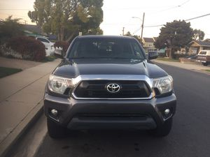2014 Toyota Tacoma pre runner V6 with 70k miles for Sale in Lawndale, CA