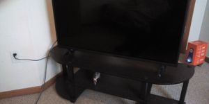 Insignia smart 43 inch tv for Sale in Columbia, MO
