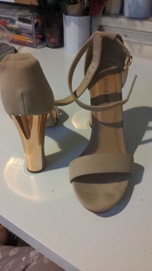 Leather tan bamboo heels size 8 for Sale in Los Angeles, CA