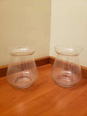 Two brand new modern glass flower vases for Sale in Los Angeles, CA
