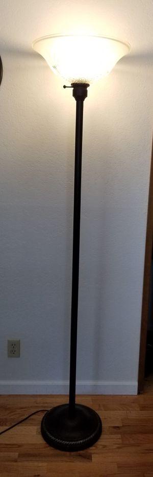 Nice Floor Lamp for Sale in Bellevue, WA