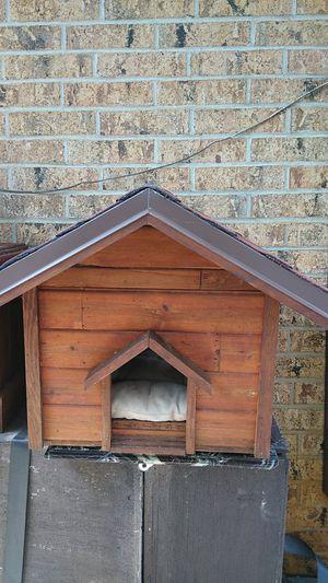 Dog house for Sale in Arlington, TX