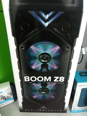 Boom Z8 for Sale in St. Louis, MO
