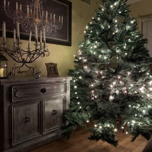 Christmas Tree 7,5 F for Sale in Clermont, FL
