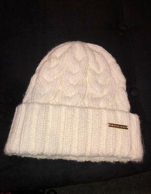 Women's Michael kors white knitted beanie for Sale in Whittier, CA