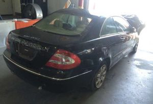 Mercedes CLK320, 2004. For parts only for Sale in Saint Petersburg, FL